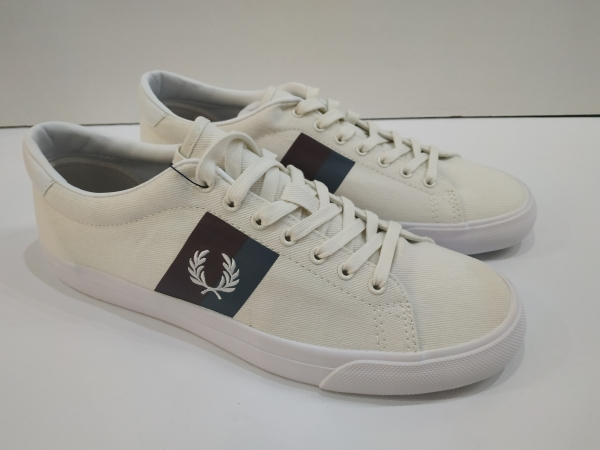 ZAPATILLAS FRED PERRY UNDERSPIN (COLORES). T44 solo