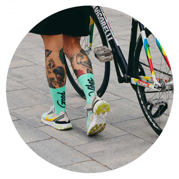 CALCETINES PERFORMANCE CICLISMO Y RUNNING GOOD VIBES MENTA